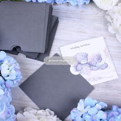Квадратный конверт для приглашения