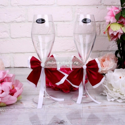Украшение «Марсала» на бокалы на свадьбу